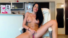 Cam Free Horny MILF Fingering Herself On Webcam